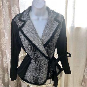 Alberto Makali black wrap around blazer. Size S